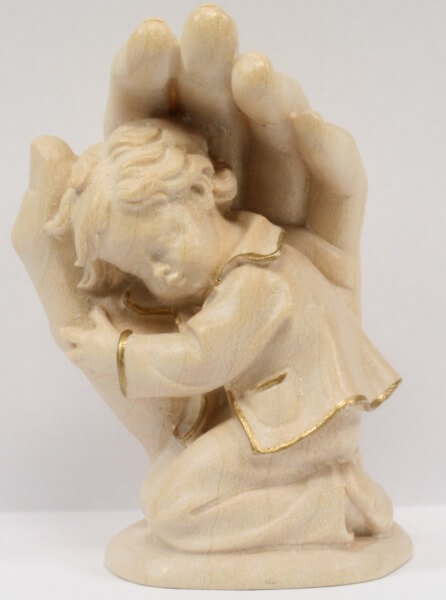 Holzfigur - Kind in Händen & Goldrand