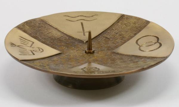 Sakramentenleuchter - Moderne Symbole & Messing