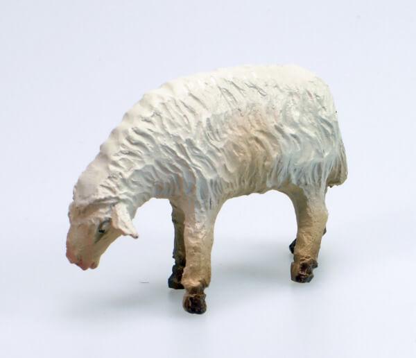 Künstler-Krippe - Schaf äsend