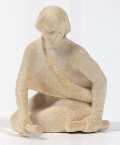 Heiland-Krippe - Junge mit Holz kniend