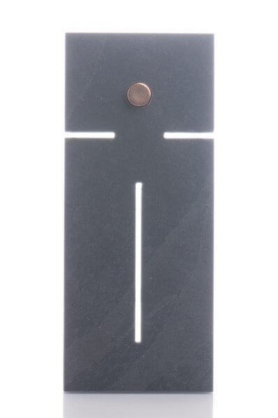 Schieferkreuz - Moderner Korpus & Bronzeelement