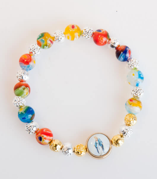 Armband - Rosenperlen und Marienmedaillon