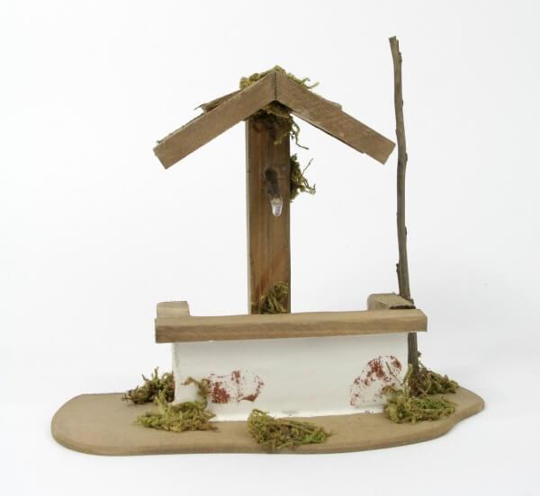Krippenzubehör - Holzbrunnen & 16 cm