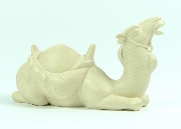 Heiland-Krippe - Kamel liegend