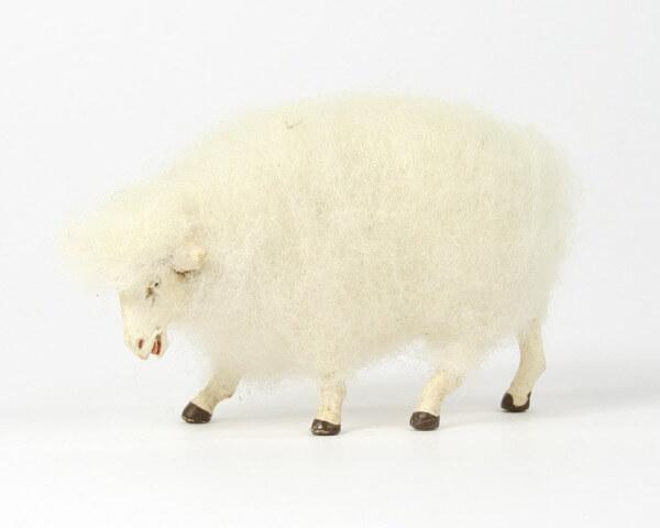 Ruco-Krippe - Wollschaf äsend