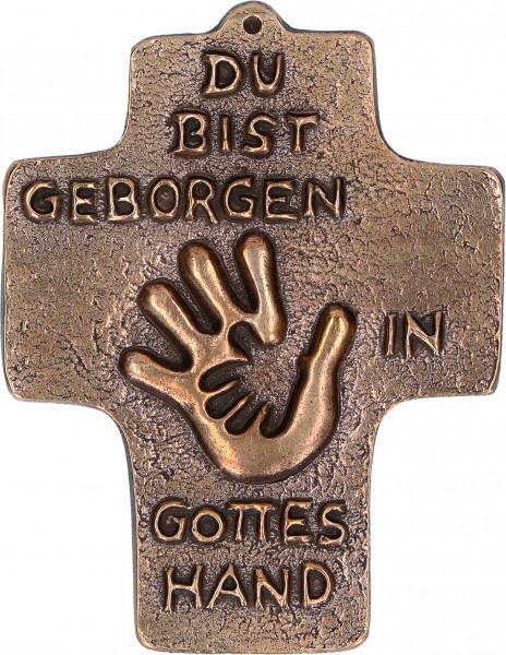 Kommunionkreuz - Geborgen in Gottes Hand